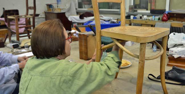 """Impressionen aus dem Kurs """"Möbel restaurieren"""""""